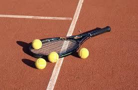Tennisspielen bei der DJK TuS Stenern